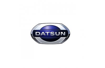 Эмблема переднего бампера Datsun  производства Nissan