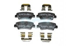 Колодки тормозные задние дисковые Solaris (10-) / Rio (11-) Brembo